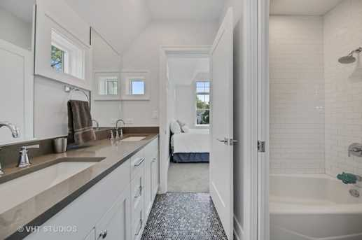 105 Maumell Street - Photo 13
