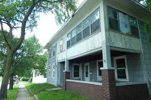 208 North Oak Street - Photo 1
