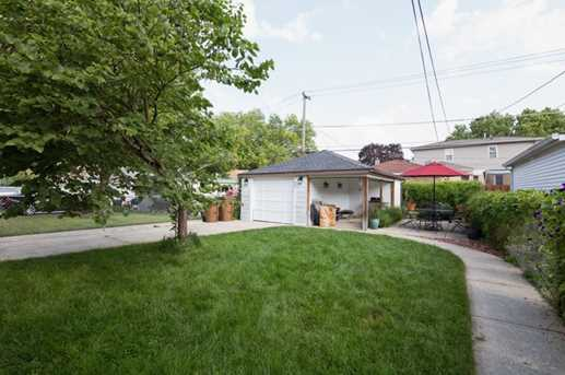 9026 West Forestview Avenue - Photo 15