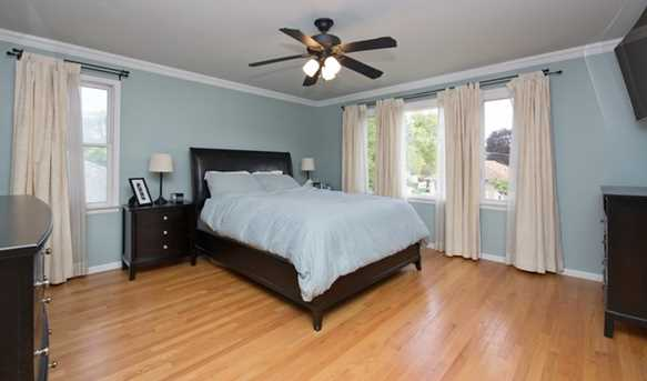 9026 West Forestview Avenue - Photo 8