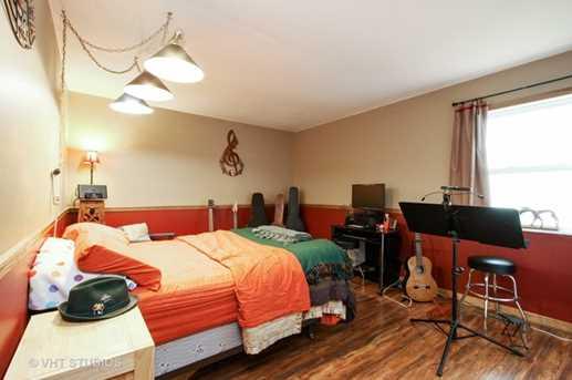 9222 North Avenue - Photo 8