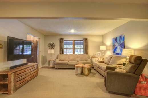 3006 Meadowbrook Court - Photo 6