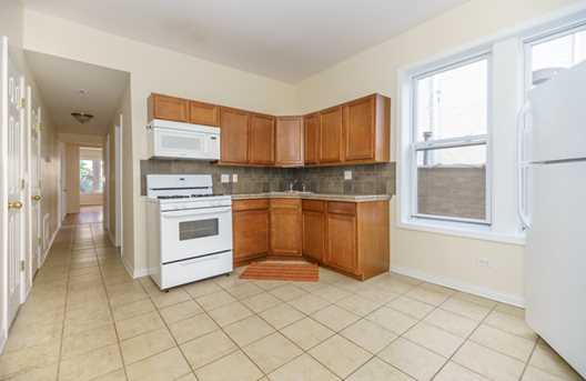 2125 West Division Street #2F - Photo 6
