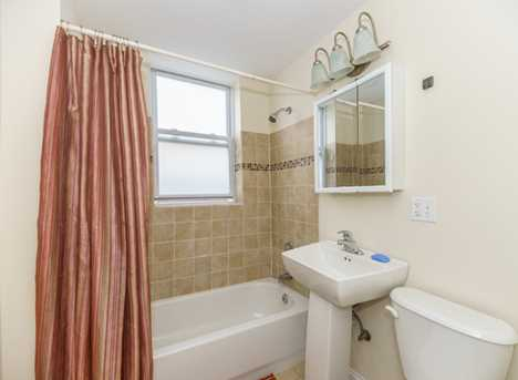 2125 West Division Street #2F - Photo 9