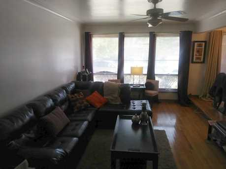 9434 South Lowe Avenue - Photo 3