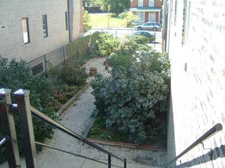 2532 West Warren Boulevard - Photo 4