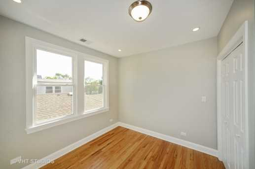 5640 West Wilson Avenue - Photo 14