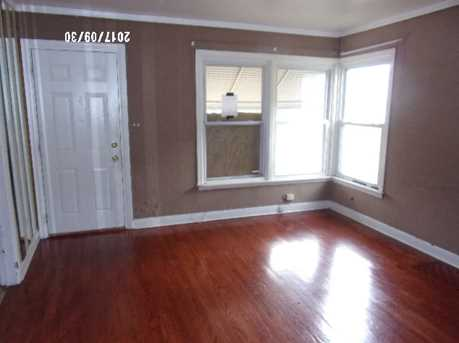 136 East 122nd Place - Photo 2