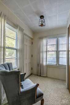 3S670 Warren Avenue - Photo 7
