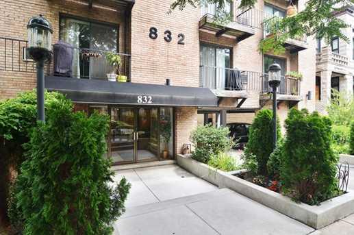 832 West Oakdale Avenue #1I - Photo 23