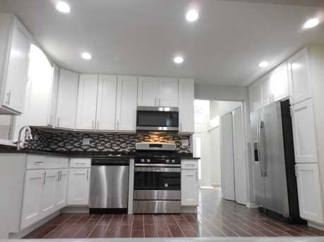 7209 West 110th Street - Photo 6