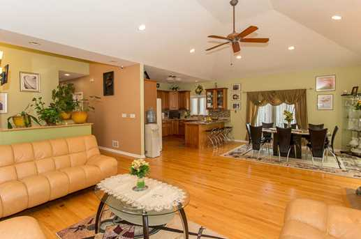 2915 North Sayre Avenue - Photo 5