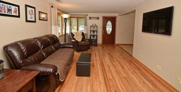 4924 Oak Center Drive - Photo 3
