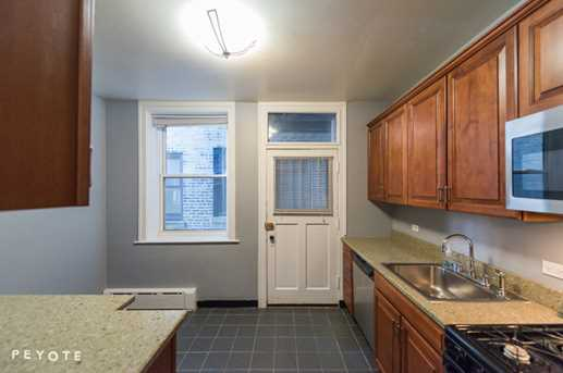 636 West Waveland Avenue #1F - Photo 5