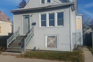 6429 South Wood Street - Photo 1