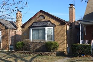 6735 North Mozart Street - Photo 1