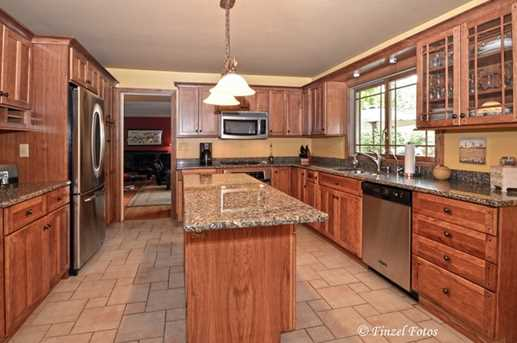 36W590 Oak Hill Drive - Photo 9