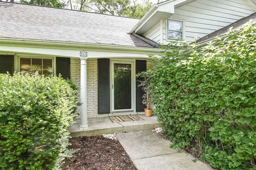 905 Oakwood Terrace - Photo 5