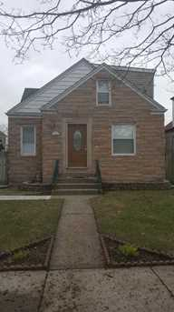 11033 South Avenue C - Photo 1