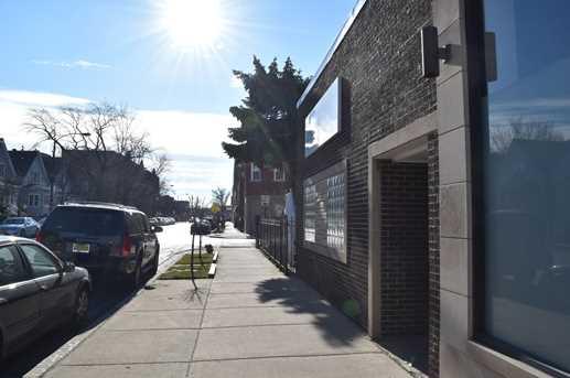 4136 North Kedzie Avenue - Photo 3