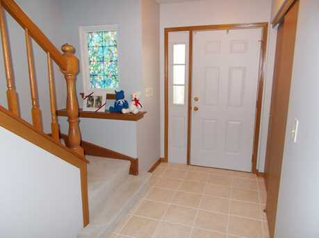 654 Kingsbridge Drive - Photo 9