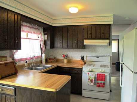 5420 Bohlander Avenue - Photo 5