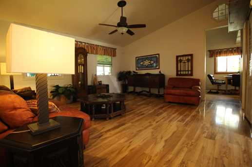 313 N Janes Ave - Photo 5
