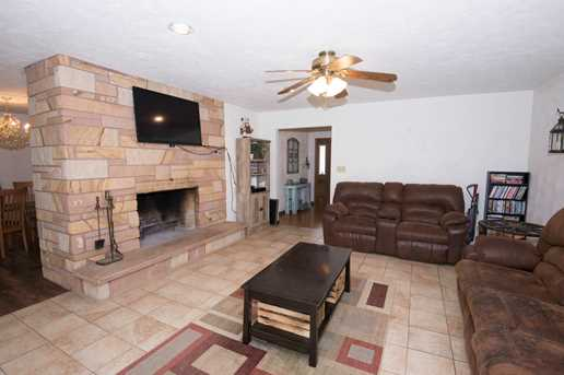 24738 South Sycamore Street - Photo 3