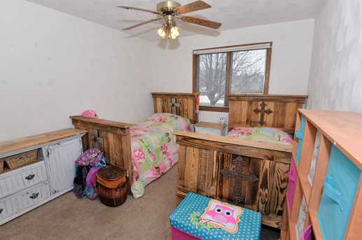 24738 South Sycamore Street - Photo 11