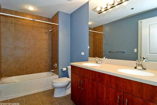 160 East Illinois Street #806 - Photo 9