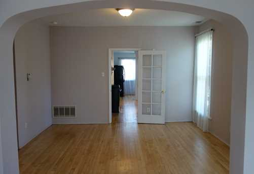 1742 W Rosehill Dr #2ND - Photo 3