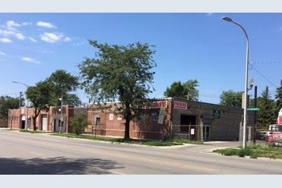 4034-48 West Chicago Avenue - Photo 1