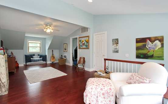 19089 Lakeview Ave - Photo 9