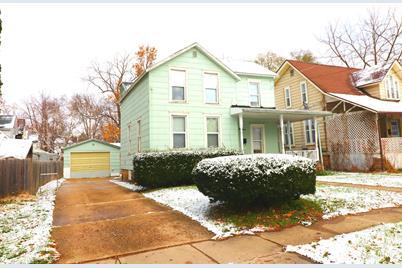 218 West Homer Street - Photo 1
