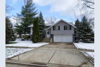 537 Norwood Lane - Photo 1