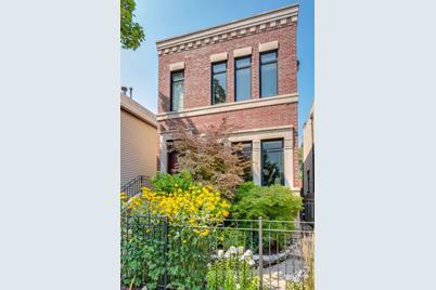 1748 West Wellington Avenue - Photo 1