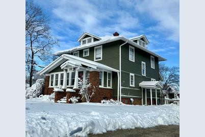 110 West Maple Avenue - Photo 1