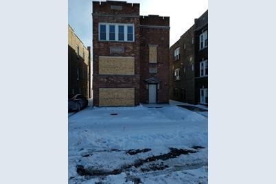 327 Memorial Drive - Photo 1