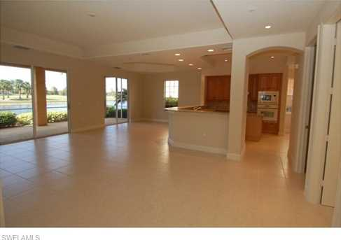 542 Avellino Isles Cir, Unit #10102 - Photo 3