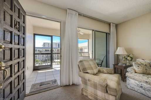 3200 Gulf Shore Blvd N, Unit #404 - Photo 7
