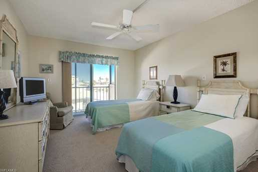3200 Gulf Shore Blvd N, Unit #404 - Photo 17