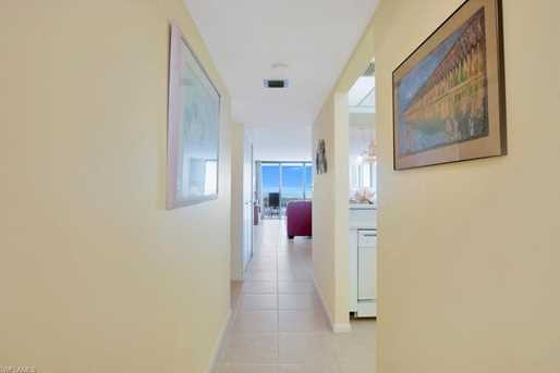 440 Seaview Ct, Unit #702 - Photo 4
