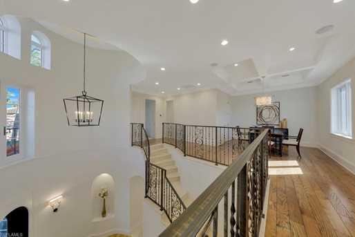 640 Fairway Terrace - Photo 3