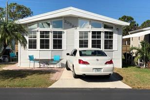 20320 Carriage Ct - Photo 1