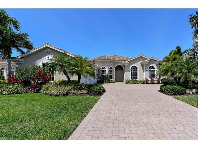 Residential for Sale at 19303 La Serena Dr Estero, Florida 33967 United States