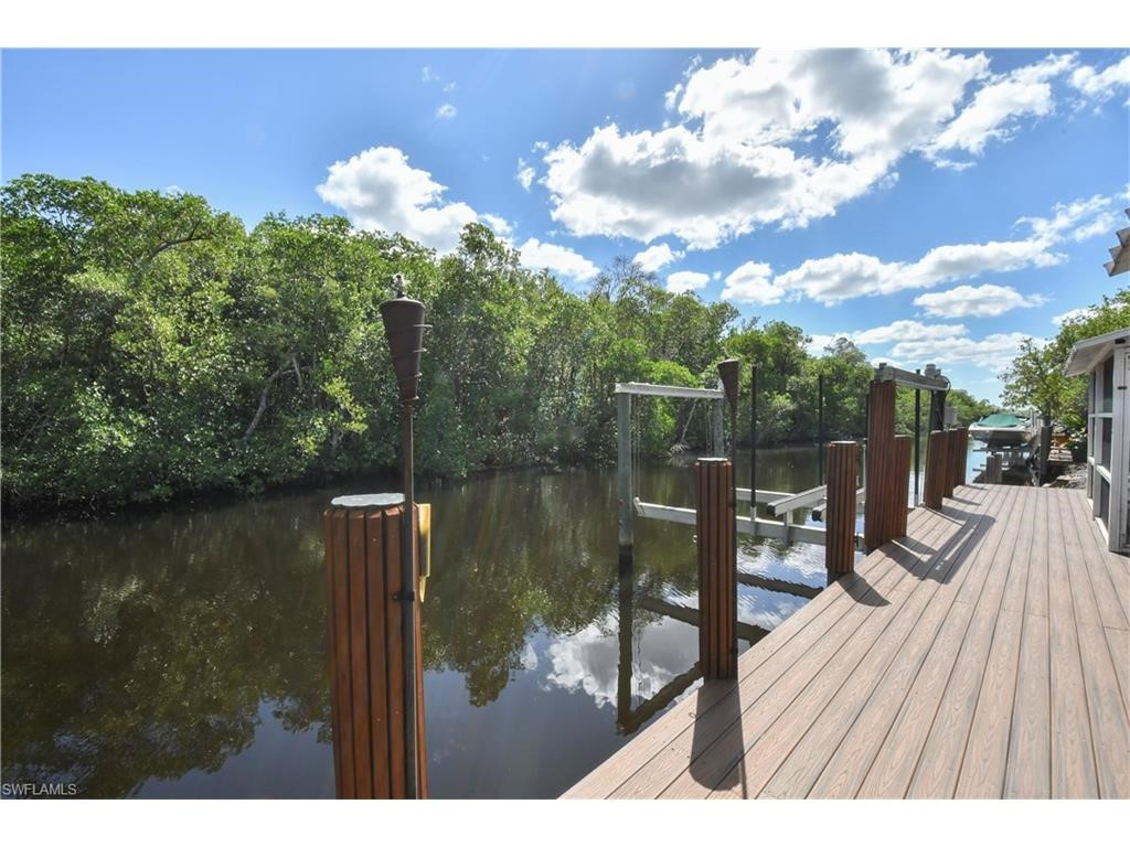 Residential for Sale at 616 Collier Ave Everglades City, Florida 34145 United States