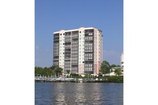 430 Cove Tower Dr 403 - Photo 1