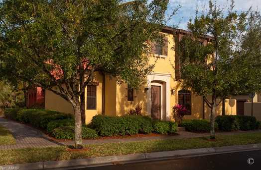 9121 Chula Vista St 122-1 - Photo 1