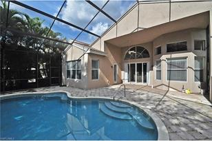 2371 Butterfly Palm Dr - Photo 1