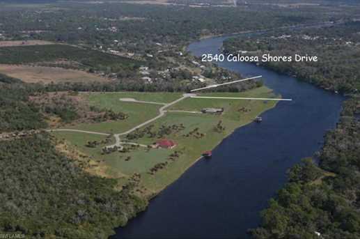 2540  Caloosa Shores Dr - Photo 2